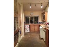 Lovely room to share in friendly house just of Street Lane, Roundhay.