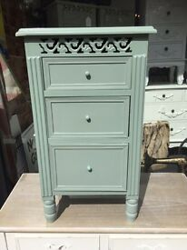 Shabby Chic Ornate Bedside Table - Light Green