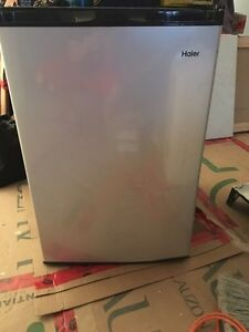 Haier Bar Fridge 4.5 cu ft $150 OBO