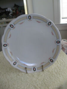 "CHARMING OLD VINTAGE 9"" ROUND HAND PAINTED NIPPON CHINA PLATE"