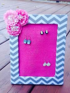 Girls earring holders/organizer London Ontario image 3