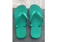 9 Pairs of Brand New Turquoise Flip Flops - great for tired feet at Weddings & Events