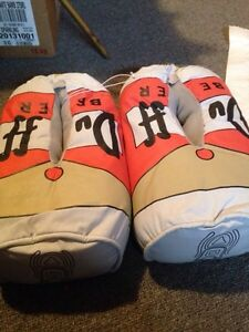 DUFF Beer slippers - Brand New!