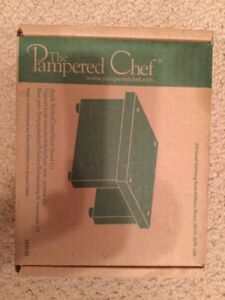 Pampered Chef apple peeler stand