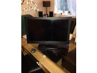24 inch tv with built in DVD player