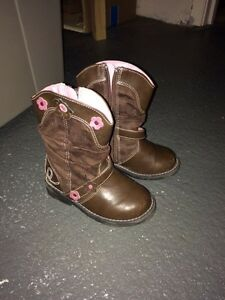 Real Cowgirl Boots size 7 toddler London Ontario image 1