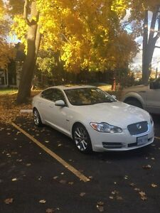 2010 Jaguar XF Premium Portfolio Package 5.0L Peterborough Peterborough Area image 1