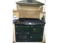 Belling range cooker (dual fuel) and extractor hood light unit