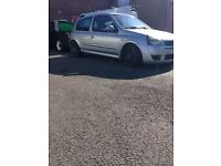 Renault Clio sport breaking for parts