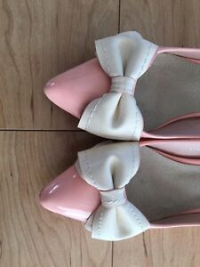 Pink Shoes with Bows 1 inch heel Sarnia Sarnia Area image 1