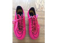 Nike Mercurial Victory Football Boots size 2