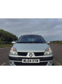 Renault Clio !!Very low mileage!!
