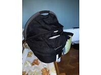 Quinni Dreami Carrycot