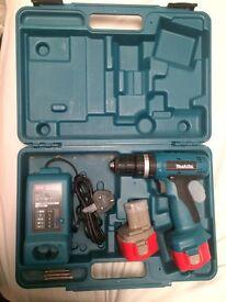 Makita 8720D cordless combi drill