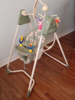 GRACO swing, car seat  Excellent condition, clean  6 Speeds  15