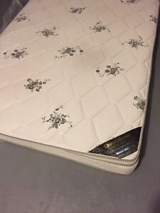 Queen size mattress of Ebony Collection