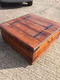 Coffee table with storage at both ends