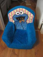 Chaise en mousse Cookie Monster