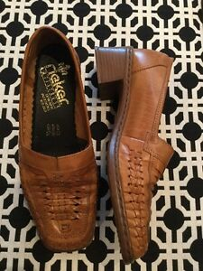 Rieker size EURO 38. Woman's shoes. Never worn  London Ontario image 2