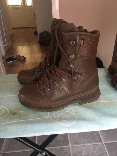 british army military walking boots