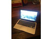"MacBook Air 6, 11"", Haswell Intel i5, Intel HD 5000 Graphics, 4GB DDR3, 256GB and Mac OSX Sierra"