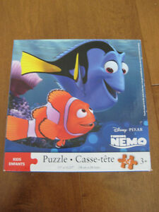 Selling a gently used Finding Nemo Puzzle