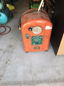 Old Lincoln welder - for sale or trade