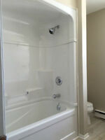 Glass Tub Doors. New in Box - Mirolin  NEW PRICE or OBO