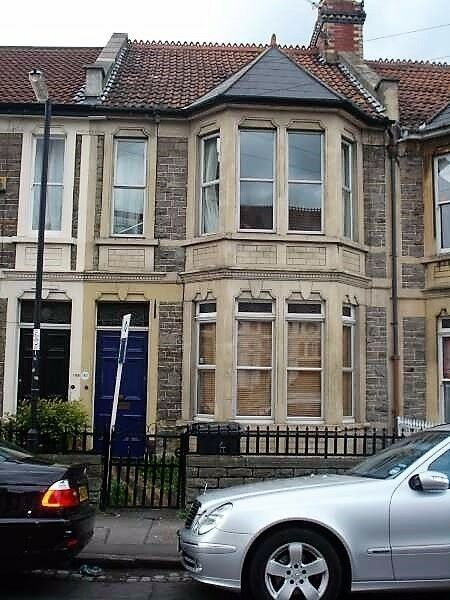 5 Double bed Student House