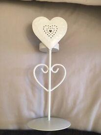 Metal Freestanding Heart Tea light Candle Holder Pillar White Home Decor Shabby Chic