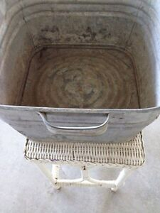 Vintage laundry Tub London Ontario image 2