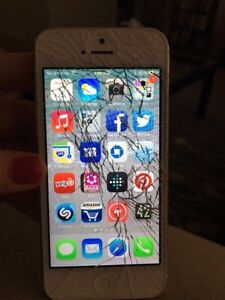 Buying all Broken & Unwanted Phones  Kitchener / Waterloo Kitchener Area image 1