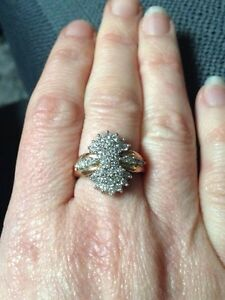 Gorgeous diamond cluster ring! Kitchener / Waterloo Kitchener Area image 2