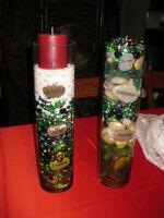 2 vases avec arrangements de pierres avec chandelles