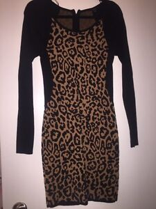 Guess dress Large mint condition $30.00