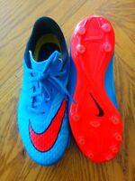 5 youth Nike soccer shoes