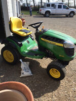 "John Deere D170 Lawn Tractor and 46"" snow blade"