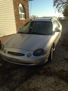 1999 Ford Taurus Wagon Windsor Region Ontario image 1