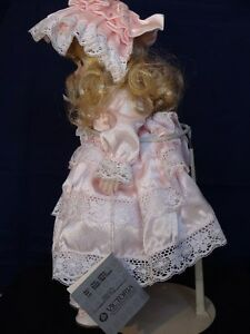 "Musical Victoria Doll ""Jessica"". London Ontario image 5"