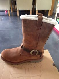 Brand new Ladies / Women's Timberland leather pull on boots