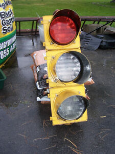 Set of vintage metal traffic lights Kingston Kingston Area image 1