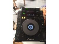 1X Pioneer CDJ 900 - Professional Digital Turntable - Mint Condition