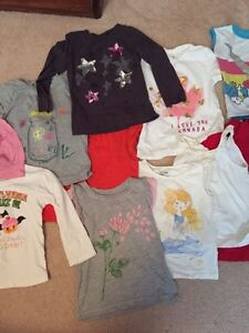 Assortment of girl's size 3 t-shirts London Ontario image 3