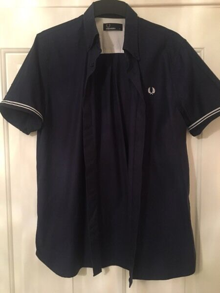 Fred Perry Short Sleeve Twill Shirt. Size M