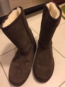 Dream winter boots size 6