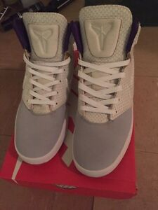 Selling Kobe 9 NSW  lifestyle