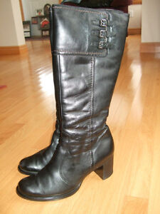 A pair of Paul Green winter leather boots