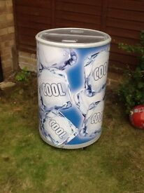 **JAY'S APPLIANCES**DRINKS COOLER**PERFECT FOR THE SUMMER \ PARTIES ETC**DELIVERY**£50**BARGAIN**