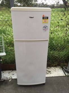 great working 212 liter whirlpool fridge , can delivery at extra