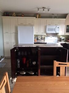 Almost new kitchen cabinets Kingston Kingston Area image 2